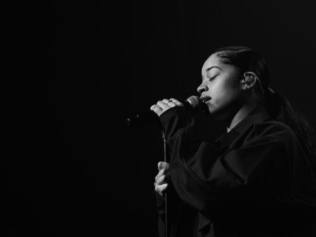 6-Ella-Mai-VEGA-21-01-2018-Photo-Martin-Kleisberg-650x488 Concert